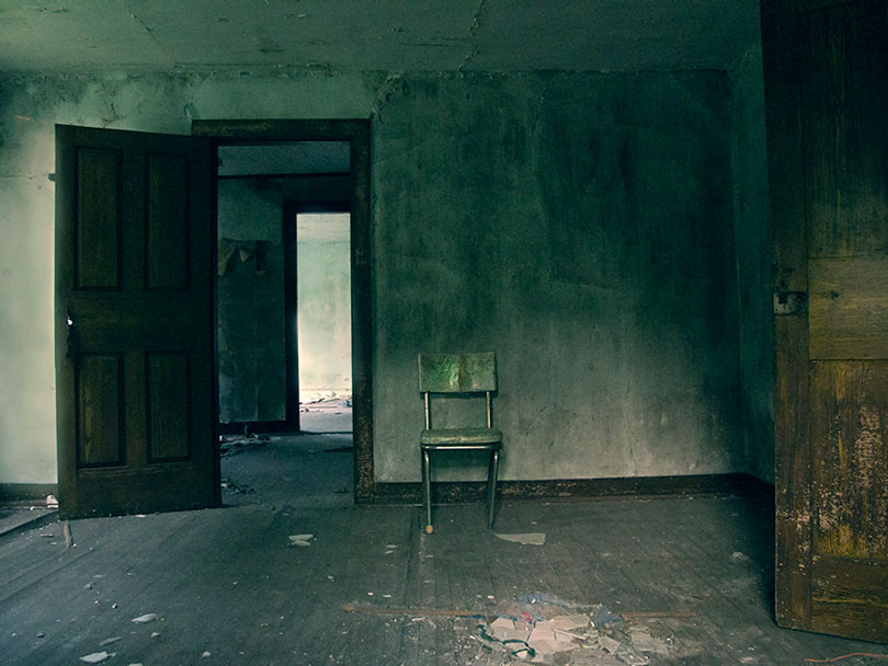 blog-4-abandoned-chair-9817